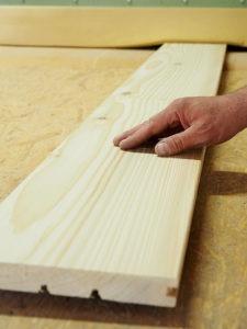 Oberflächenbehandlung von Holz, strukturieren, Beinbauer Holz