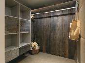 Wandverkleidung aus gehacktem Altholz, Erle-grau (Admonter)